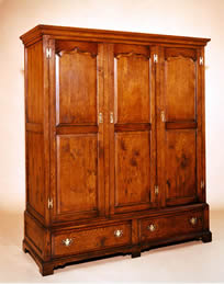OP3 Linen Press 3-Door 2-Drawer Cupboard