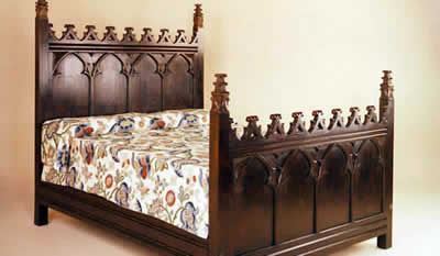 Reproduction Beds