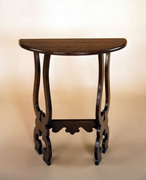 ST3 SideTable – Spanish Influence